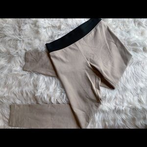 🎉SALE🎉 BCBG | Cream with brown waistband legging